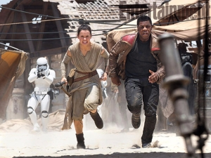 star-wars-the-force-awakens-john-boyega-daisy-ridley